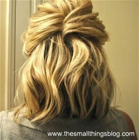 working moms mediun hairstyle 5 great hairstyles for busy moms with shoulder length hair