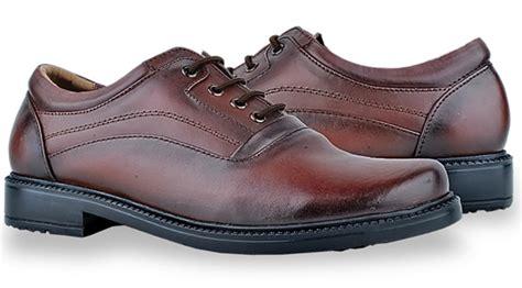 Free Ongkir April Sepatu Casual Pria Termurah Nike Md Runner 11 jual sepatu formal pria murah gro 306