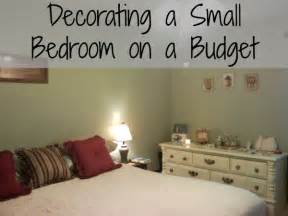 decorating a small bedroom on an even smaller budget