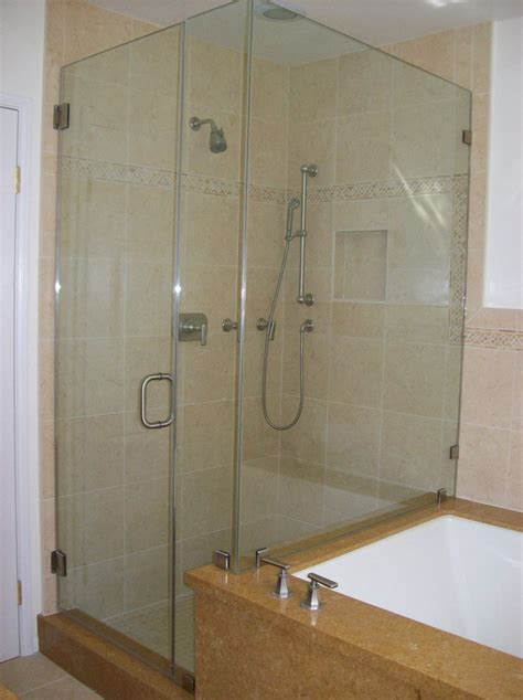 Small Bathroom With Tub And Shower Clocks Bathroom Tubs And Showers Bathtub Shower Combo For Small Bathroom One Bathtub