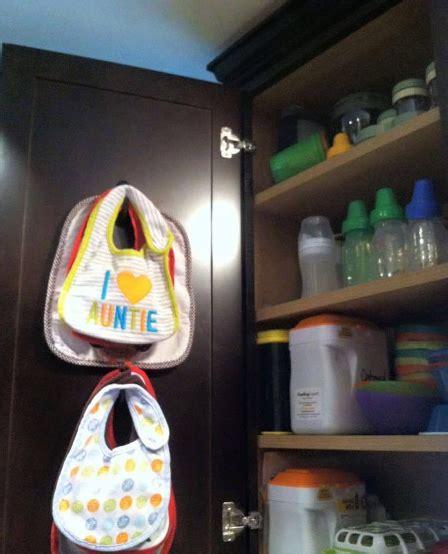 Rak Display Baju Bayi pentingnya rak baju bayi untuk balita anda desain rumah unik