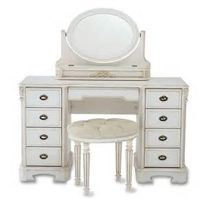 nine drawer dressing table from queenstreet carpets