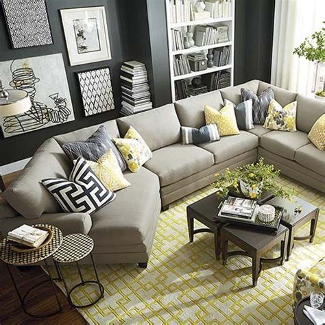 decorating living room with sectional sofa 25 best ideas about living room sectional on pinterest
