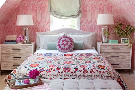 Get Bushs Paisley Look by Best 20 Paisley Bedroom Ideas On Paisley
