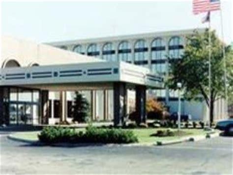 Olive Garden Elyria Ohio by Days Inn Suites Elyria Elyria Oh Hotel Inn