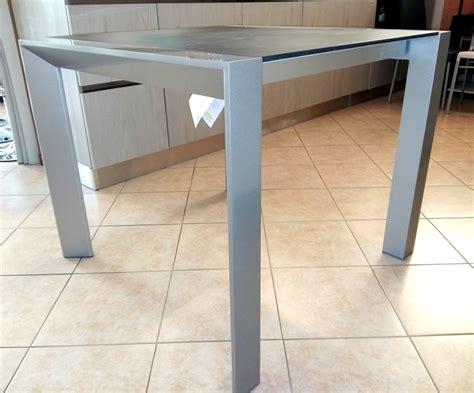 tavoli quadrati moderni tavoli quadrati allungabili moderni free with tavoli