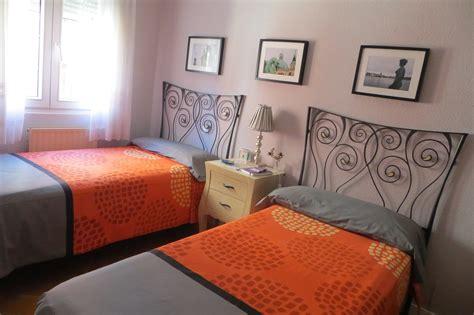habitaciones con dos camas habitaci 243 n de dos camas con desayuno bb alquiler