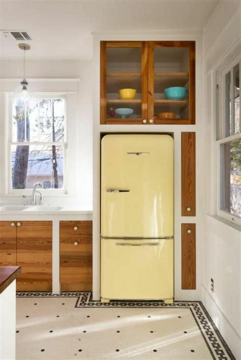 amerikanische küchengestaltung retro k 252 hlschr 228 nke liegen voll im trend