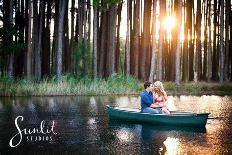 boat props brisbane engagement photograph canoe ideas australian portrait