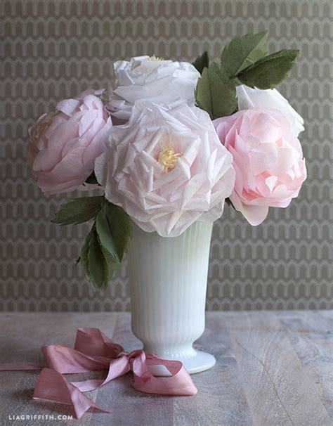 Tissue Paper Roses - diy blooming tissue paper roses allfreediyweddings