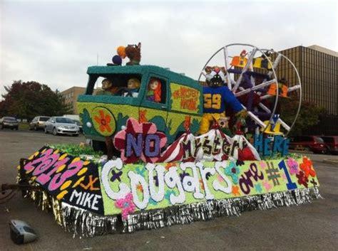 carnival parade themes homecoming float idea parade float ideas pinterest