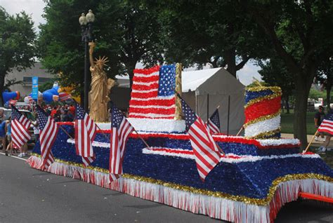 4th Of July Float Free Stock Photo Public Domain Pictures This Pro Donald 4th Of July Parade Float