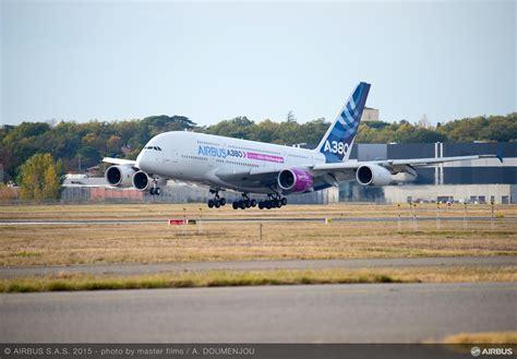 a350 flight test airbus a350 1000 trent xwb 97 engine begins flight test
