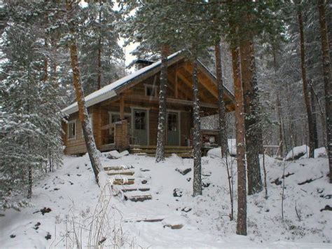 Snowy Cabin In The Woods by Snowy Cabin By Danaspencer Build A Commune In The