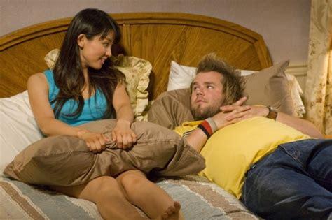 a letto con la cugina c 232 la cugina porca a letto con la febbre