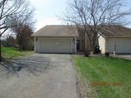 houses for sale in chaska mn 111505 bender ct chaska mn 55318 detailed property info reo properties and bank owned
