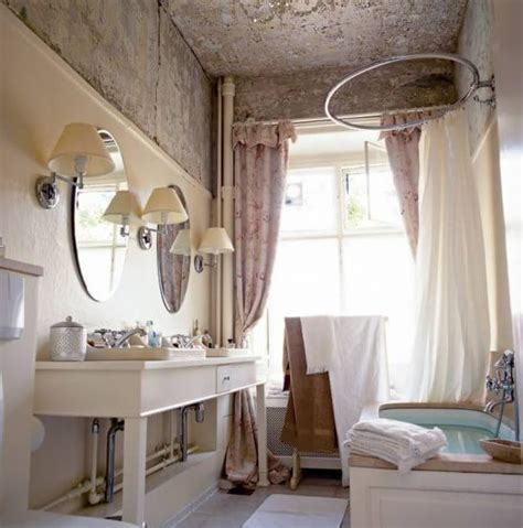 Decorating Ideas For A Small Country Bathroom Country Bathroom Decor Bathroom Decor Ideas