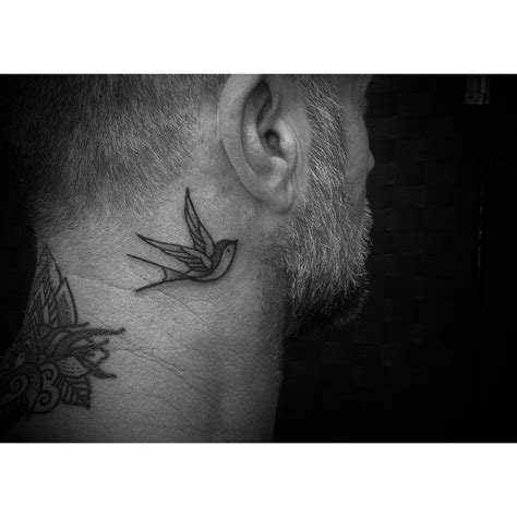 southpaw tattoo behind ear swallow tattoo behind ear best tattoo ideas gallery