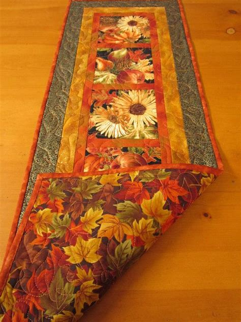 How To Make A Quilted Table Runner by 17 Best Ideas About Fall Table Runner On
