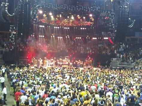 Budweiser Gardens concert review pearl jam budweiser gardens ontario canada with setlist