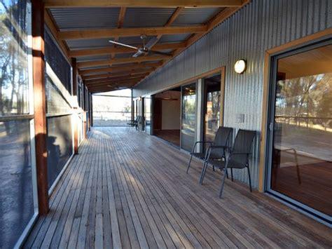 timber  corrugated iron love  simplicity