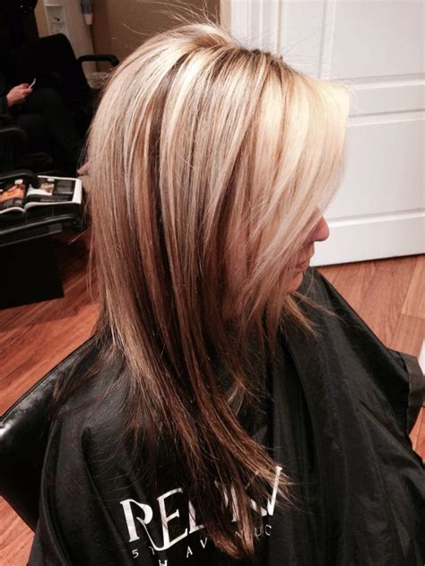 hairstyle with dark color underneath 25 best ideas about blonde highlights underneath on