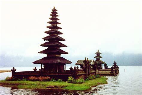 Lu Hid Di Bali pikkio su hornet join me in