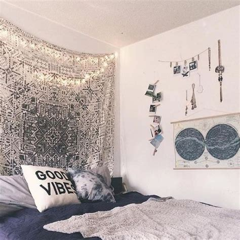 urban bedroom ideas 31 cool dorm room d 233 cor ideas you ll like digsdigs