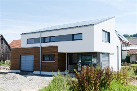 Haus Mit Holzfassade by Traumhaus Mit Holzfassade Und Sandwichdach Binder