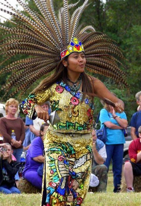 imagenes de trajes aztecas vestimentas y ropas en la cultura azteca resumen y