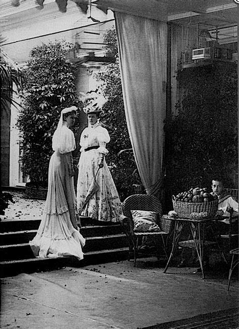 the belle poque 1890 to 1914 grand ladies gogm 1907 grand princesses ella and viktoria of hesse grand
