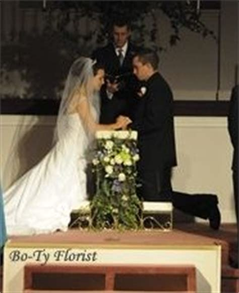 kneeling bench for wedding wedding kneeling bench on pinterest benches prayer and wedding flowers