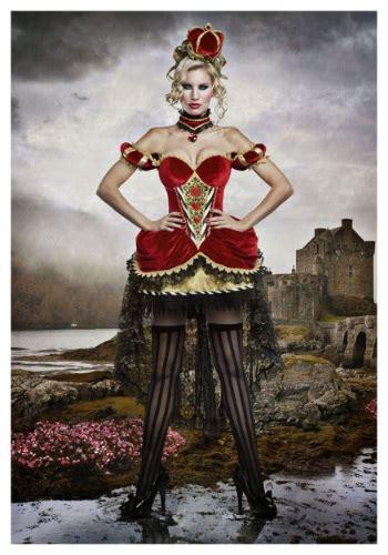 deluxe queen  hearts costume