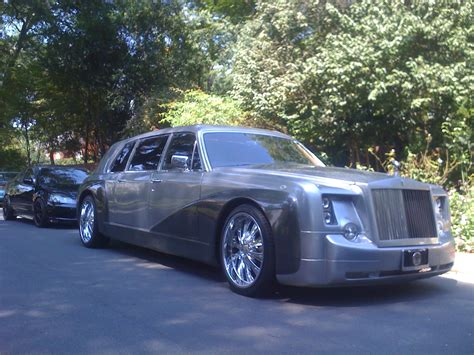 customized rolls royce phantom rolls royce phantom customized limousine royal limousine