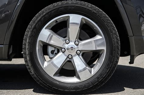2014 Jeep Grand Cherokee Overland Rims