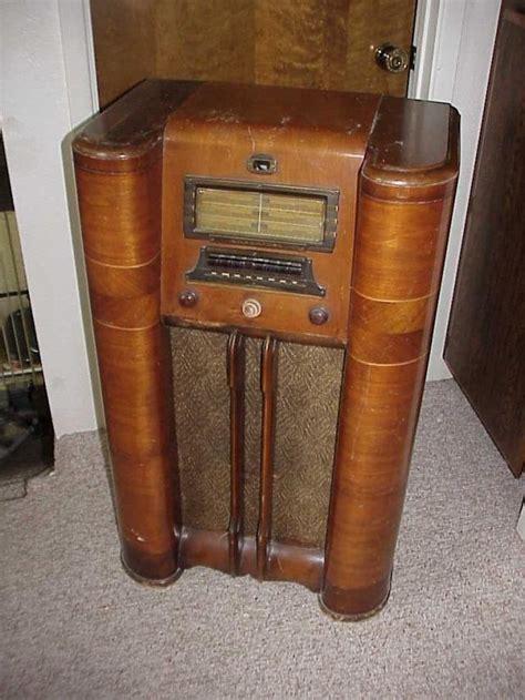 Vintage Floor Radio by Antique Floor Stand Silvertone Radio With Tuning Eye
