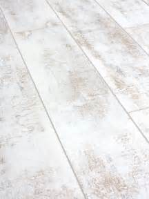 packs of distressed white laminate flooring 12mm ac4 click distressed pinteres