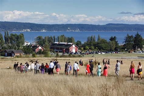 meriel amp kirsten s whidbey island wedding at greenbank