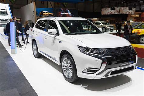 Mitsubishi Hybride 2020 by 232 Ve 2018 Le Mitsubishi Outlander Phev 2019 En Vid 233 O