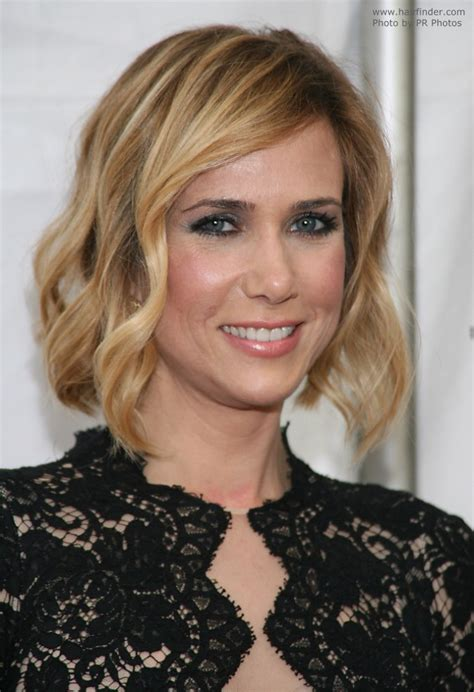 kristen wiig new hairstyles and haircuts daily hairstyles new kristen wiig wearing her hair in a bob hairstyle with
