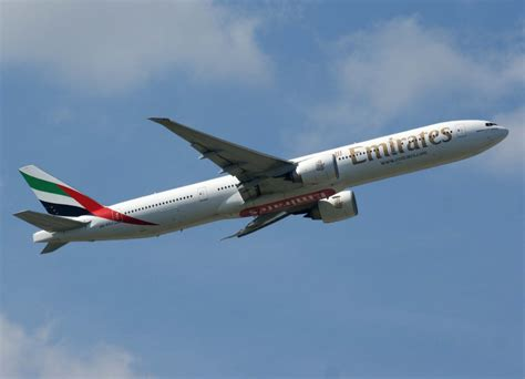 emirates germany emirates a6 ecj boeing 777 300 er 02 08 2011 fra eddf