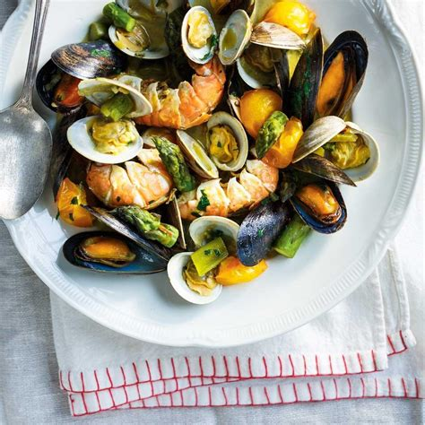 fruit de mer casserole de fruits de mer au safran ricardo