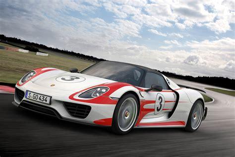 porsche hybrid supercar watch porsche s hybrid supercar set a n 252 rburgring record