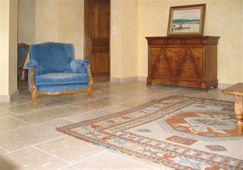 pavimenti x interni pavimento in pietra calcarea per interni ed esterni myra