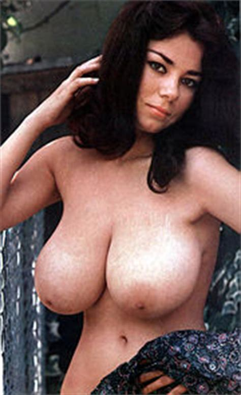 User Apara Boobpedia Encyclopedia Of Big Boobs