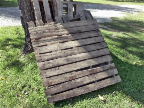 rustic pallet bench our vintage home love rustic pallet bench