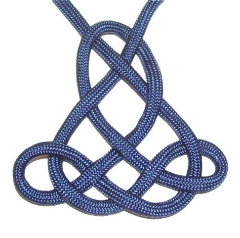 Tying Celtic Knots - celtic triangle knot
