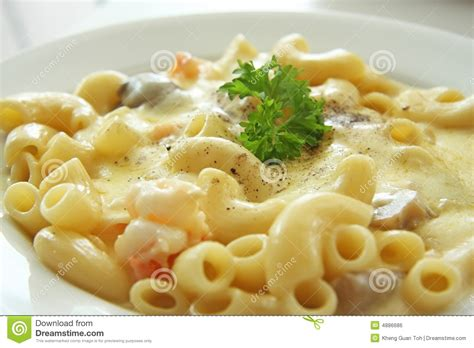Makaroni Karbonara macaroni and cheese stock photo image of italian shrimp