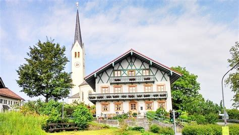 haus kaufen neben münchen haus im bayrischen stil typisches haus in bayern