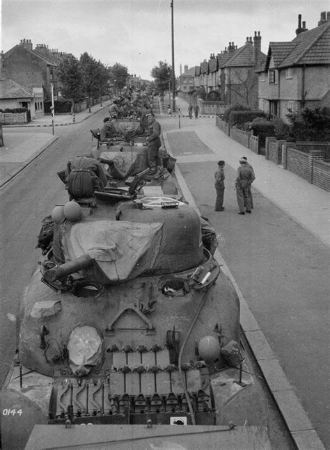 Setrika 5 In 1 sherman tanks of 3rd county of yeomanry at worthing